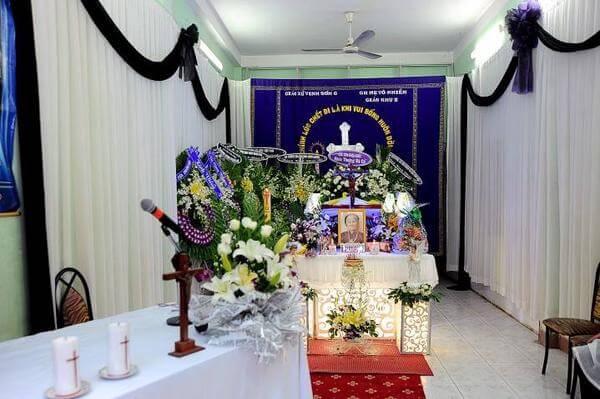 Tổ chức lễ an táng