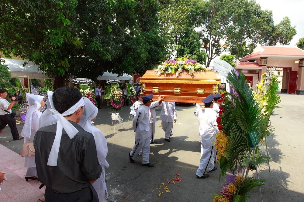 Tuân thủ đúng các bước làm tang lễ cho người trên 100 tuổi